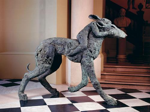 Image: Sophie Ryder, Lady-hare on dog