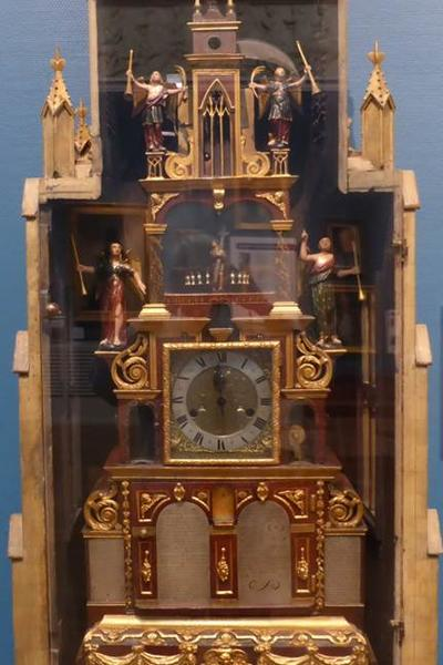Image: Lichfield Clock. Repair and gilding