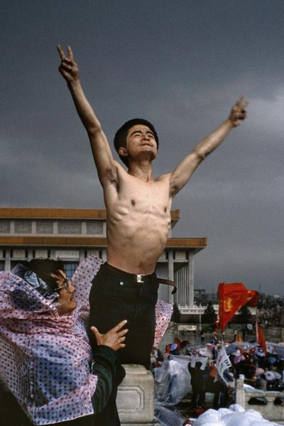 Image: History through a Lens Stuart Franklin. Tiananmen Square, Beijing 1989
