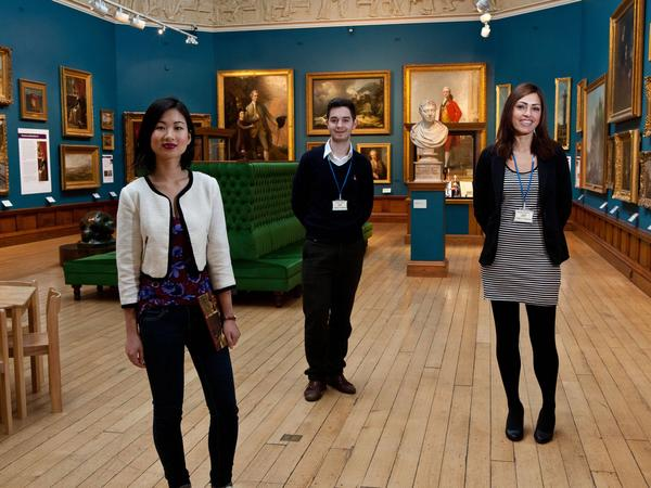 Image: Volunteer in the Gallery